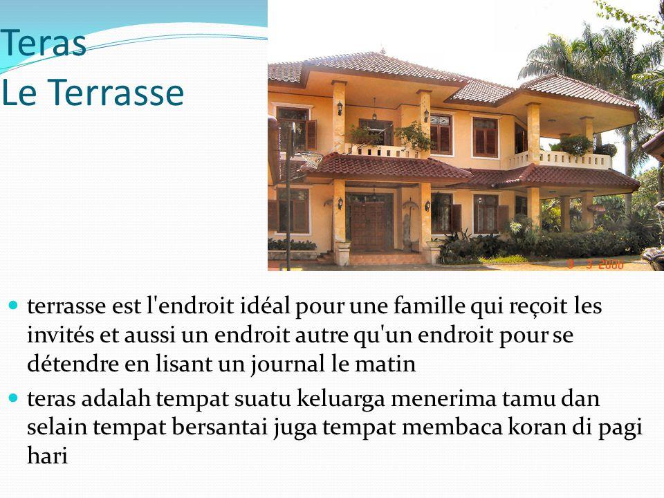 Teras Le Terrasse terrasse est l'endroit idéal pour une famille qui reçoit les invités et aussi un endroit autre qu'un endroit pour se détendre en lis
