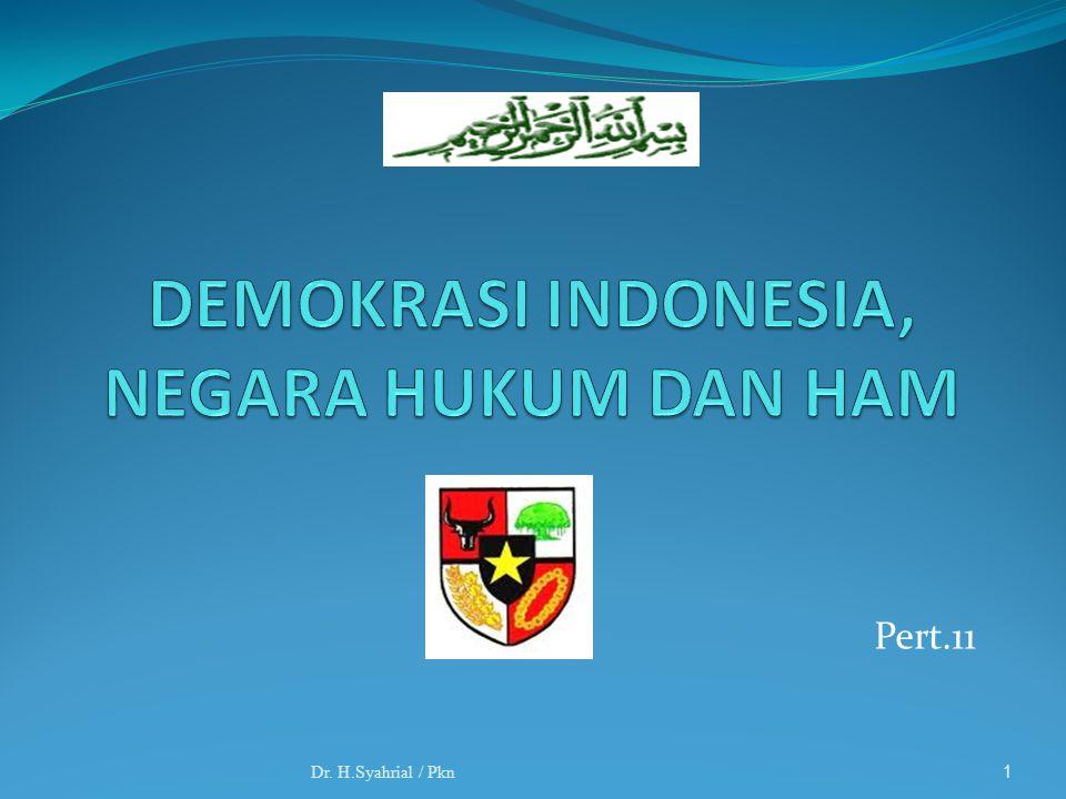 2 Arti Demokrasi: Demokrasi, artinya pemerintahan rakyat, yaitu pemerintahan yang rakyatnya memegang peranan yang sangat menentukan.