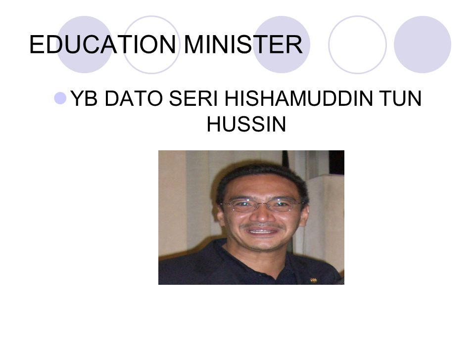 HIGHER EDUCATION MINISTER YB DATUK MUSTAPA MOHAMED