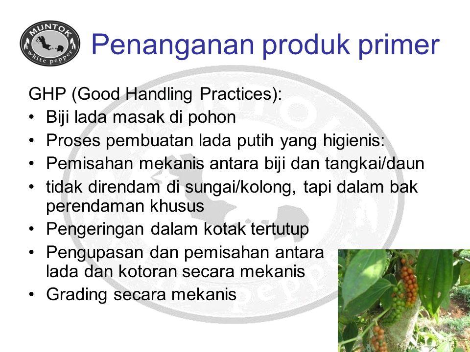 Penanganan produk primer GHP (Good Handling Practices): Biji lada masak di pohon Proses pembuatan lada putih yang higienis: Pemisahan mekanis antara b