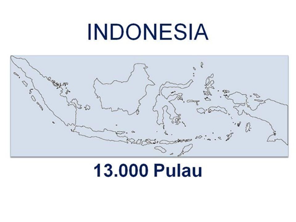  Slide pertama bercerita tentang kepulauan Indonesia  Memaparkan data berapa banyak pulau dan apakah pulau tersebut dihuni atau tidak  Menggunakan pendekatan standar bullet point  Slide kedua lebih ringkas.