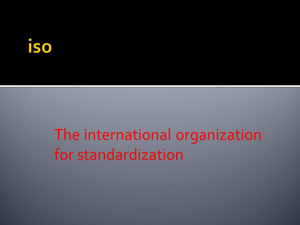  Melakukan sosialisasi atas kebutuhan- kebutuhan pelanggan, kepada seluruh jajaran dalam lembaga.