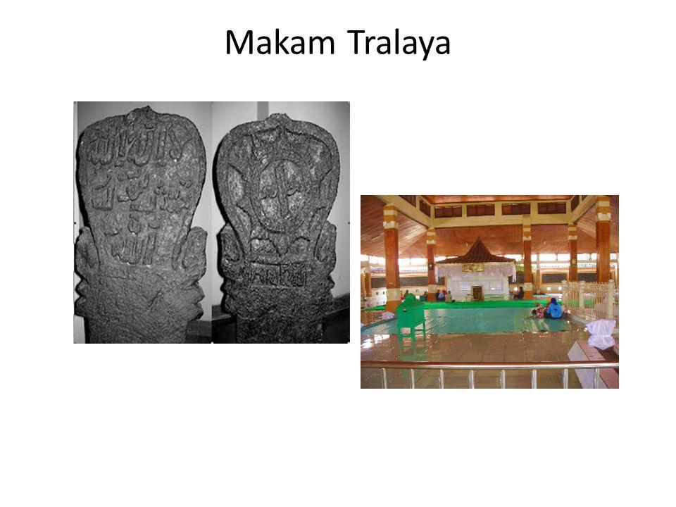 Makam Tralaya