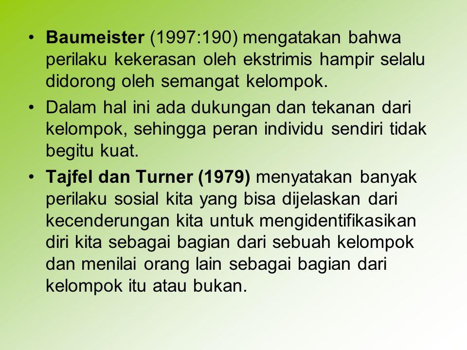 Tajfel dan Turner mengemukakan tiga proses kognitif dalam menilai orang lain sebagai golongan 'kita' atau 'mereka'.