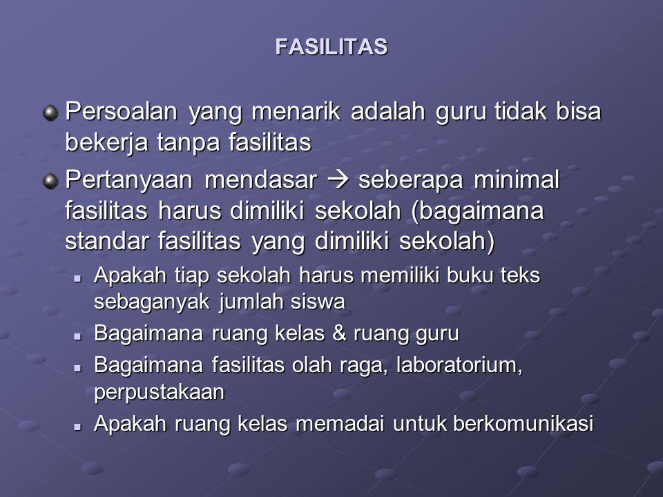 Kurikulum di Indonesia saat ini (KTSP) bersifat sentral (standar) dan desentral (pengembangan silabus & lainnya) Persoalannya, bagaimana melakukan evaluasi terhadap kedua bentuk tersebut